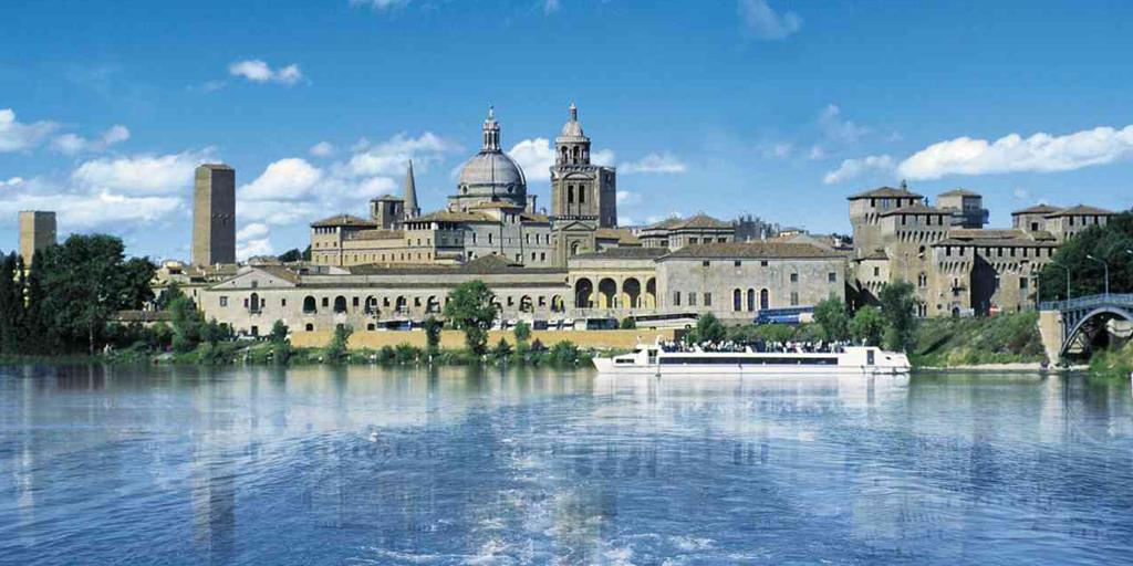 Mantova Outlet Village - Navigazione sui laghi