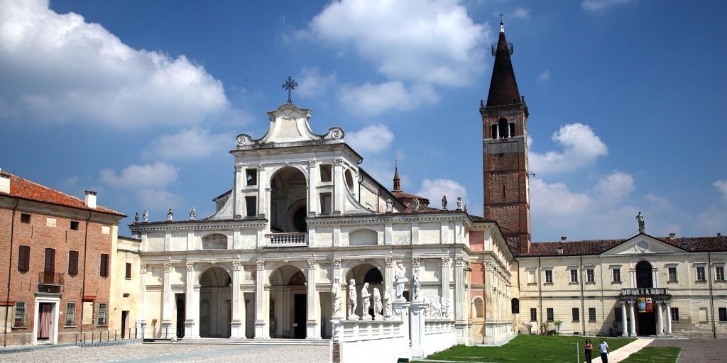 Mantova Outlet Village - Complesso monastico - San Benedetto Po ...