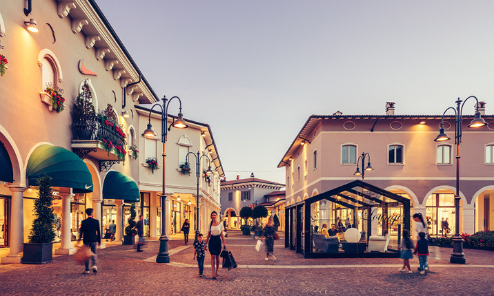 40a59937ca Mantova Outlet Village - Mantova Outlet Village